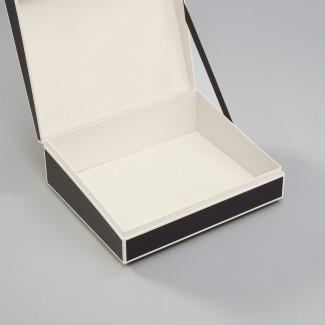 Semikolon Document Box